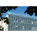 Sodexo hissar flaggorna vid Danderyds sjukhus