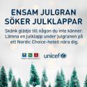 Ensam julgran söker gåvor till barn