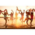 Her foretrækker danskerne at fejre nytår - Lowcostholidays guider dig til anderledes nytårstraditioner