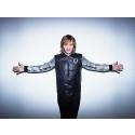 Huippu DJ, artisti ja tuottaja David Guetta jatkaa pitkäaikaista yhteistyötä EMI Musicin kanssa