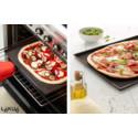 Krispig pizza med Lékués Pizzamatta