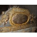 Praktfulla, men bortglömda gravar och kistor för männen kring 1600-talets kungar