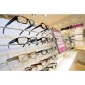 Smarteyes skänker glasögon till Värnamos utsatta barn och vuxna