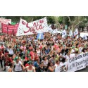 #42 fredag: 40 000 samlades för kvinnors rättigheter i argentinska Salta