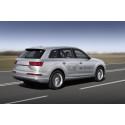 Audi Q7 e-tron 2.0 TFSI quattro (Asian market) rear dynamic