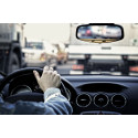 Åtta av tio svenskar vill ha krav på syntest vid körkortsförnyelse