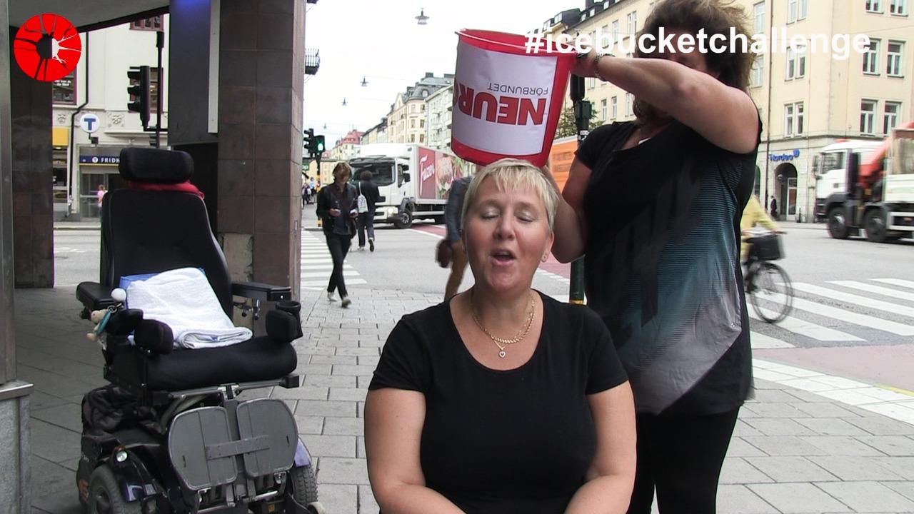 IceBucket Challenge 2014 Neuroförbundet antar & utmanar sammandrag