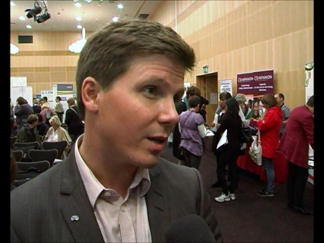 """Integrationsminister Erik Ullenhag (Fp) berättar om sina intryck av konferensen """"Mångfald och företagande 2011"""""""