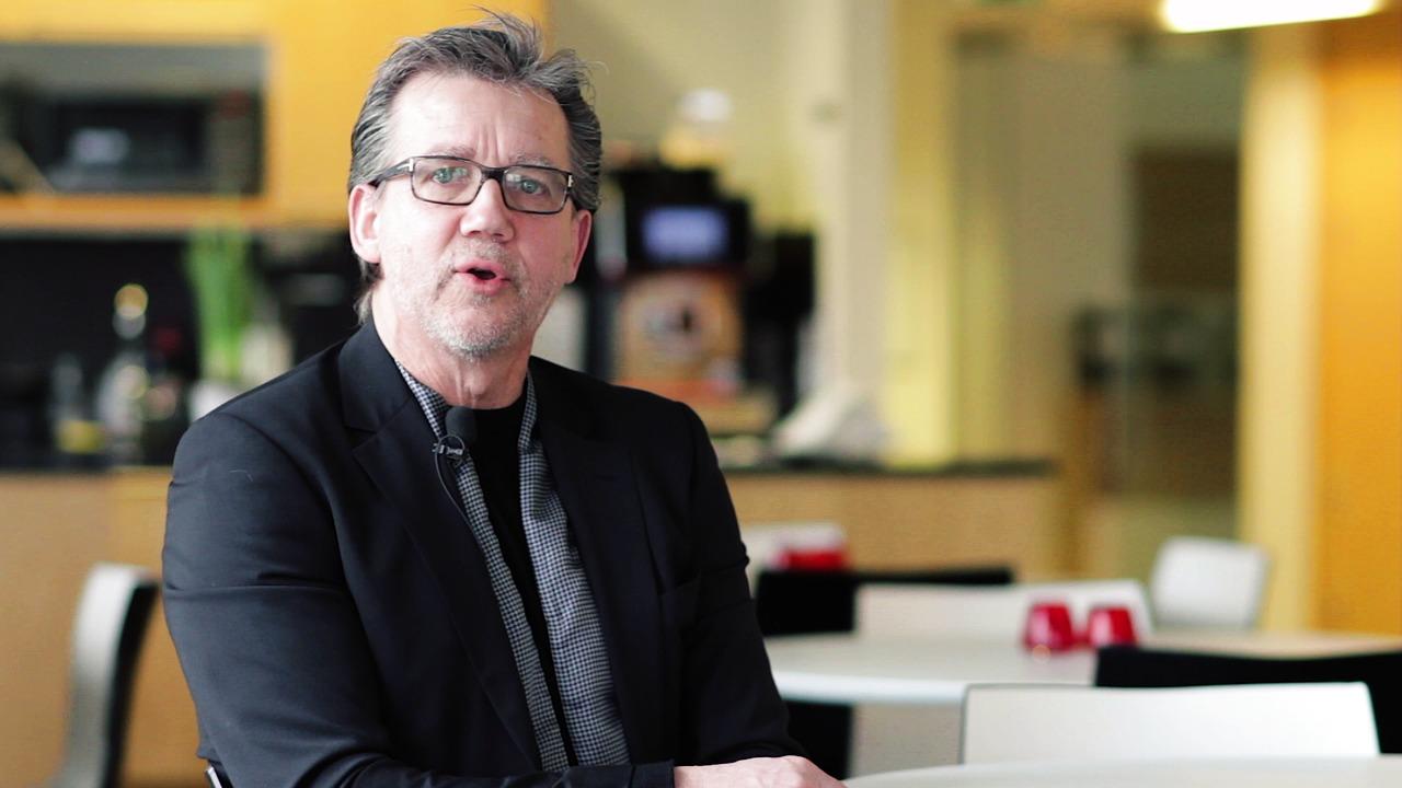 Svensk Fastighetsförmedlings styrelseordförande Håkan Hellström om samarbetet med Barncancerfonden