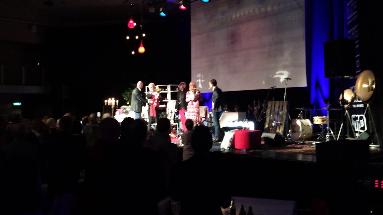 Film från HuFF-galan med Hasse Backe och Pamela Andersson Alselind