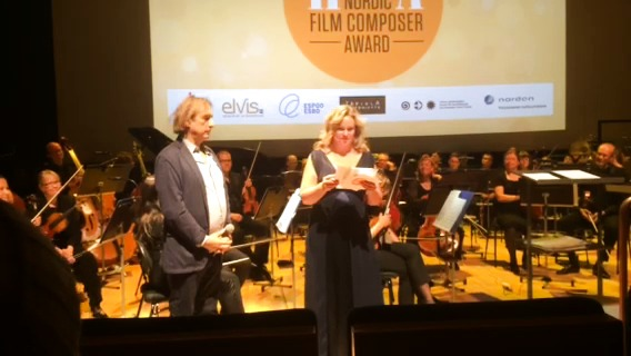 Matti Bye tar emot nordiska filmmusikpriset Harpa 2014