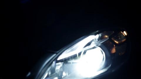 The all-new Volvo V40 – Product teaser film