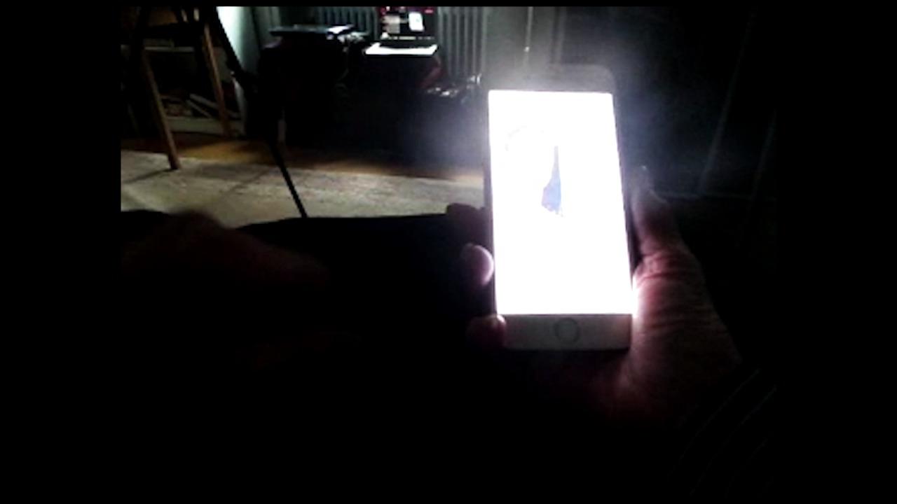 Andra dagen på internet fick Kerstin testa både Tinder och Skype! Följ henne via www.mynewsdesknow.se #mynewsdesknow