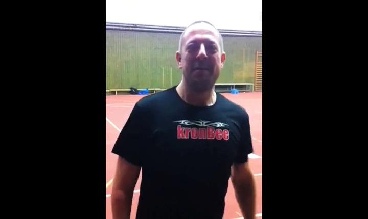 kronBee T-shirt