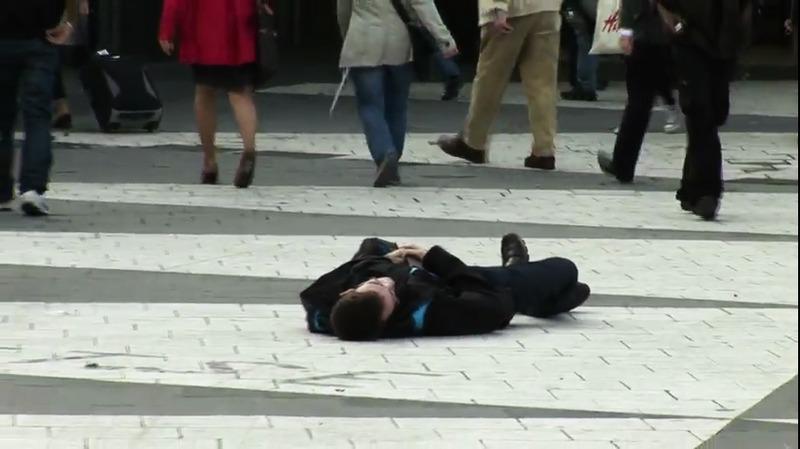 Flashmob mot rattfylla på Sergels torg, Stockholm