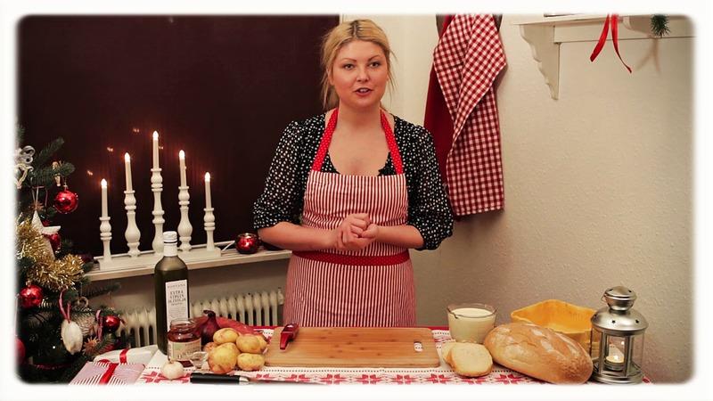 Dubbelpotatisfrestelse med soltorkade tomater - ett grekiskt julbord med Jennie Benjaminsson