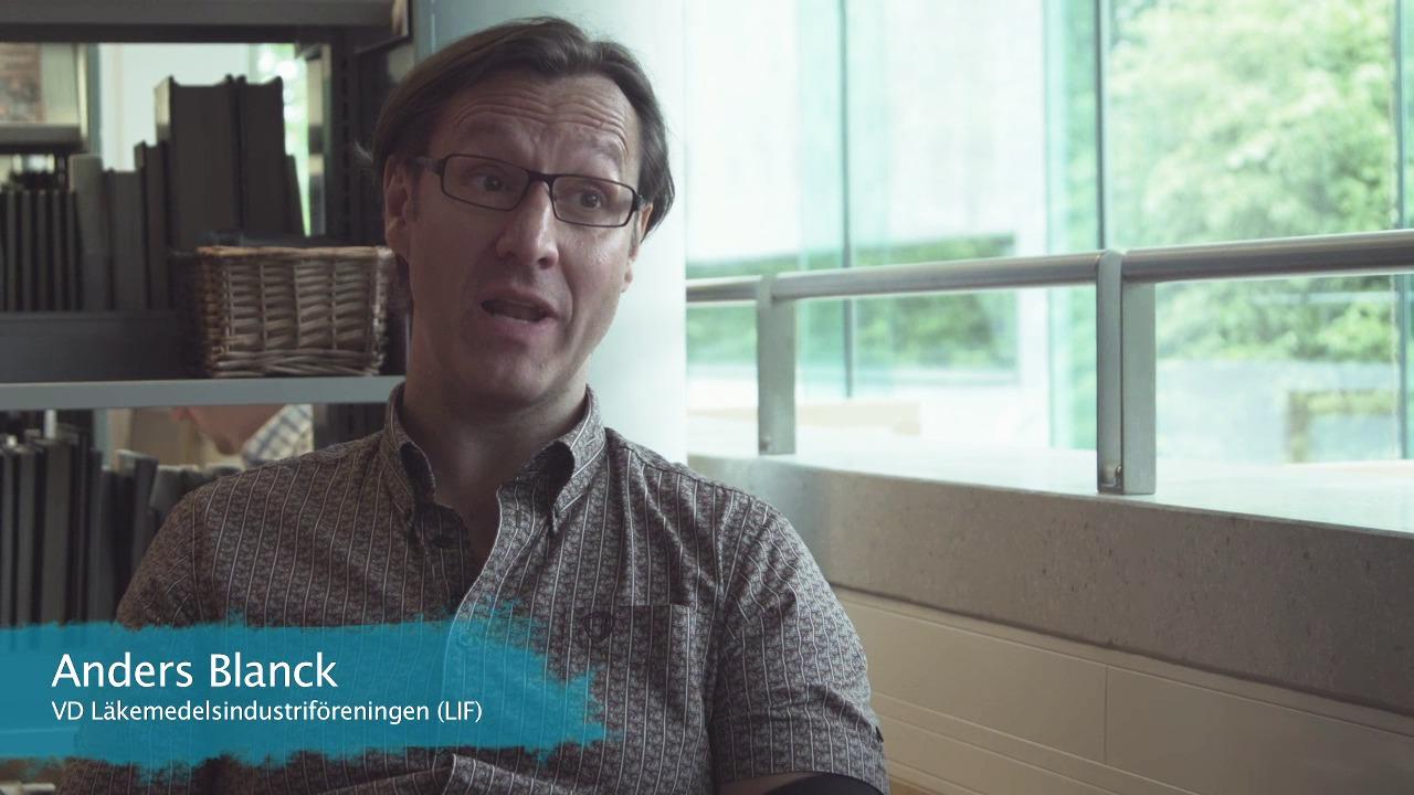 """Se trailern till Nätverket mot cancers film """"Bättre cancervård. Var god dröj"""""""