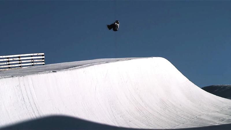 Se snowboardverdens wonderkid nr. 1, Scotty James, øve sig på sæsonen 2012 og OL i 2013