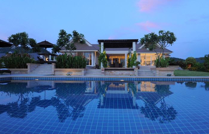 Baan Ing Phu pool