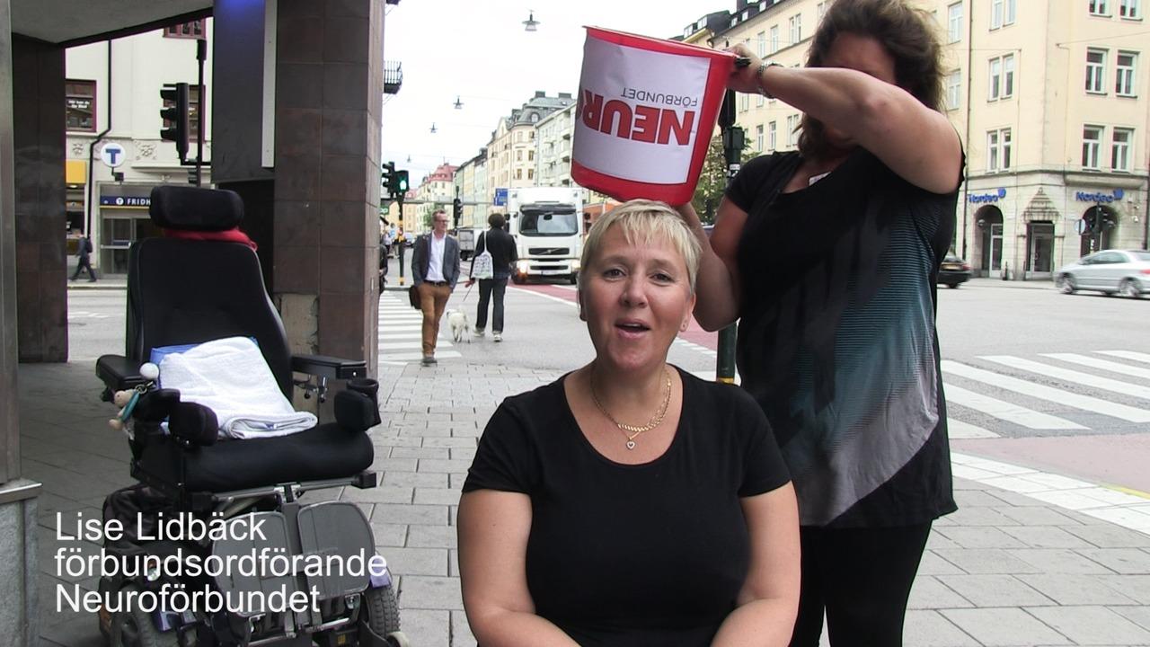 IceBucket Challenge 2014 Neuroförbundet antar & utmanar sammandrag clean