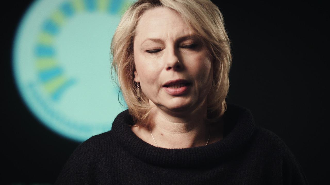 Barndiabetesfondens nya film med Helena Bergström.