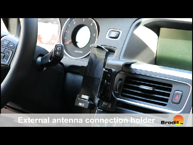 Hållare med yttre antennanslutning iPhone+skal montering i bil